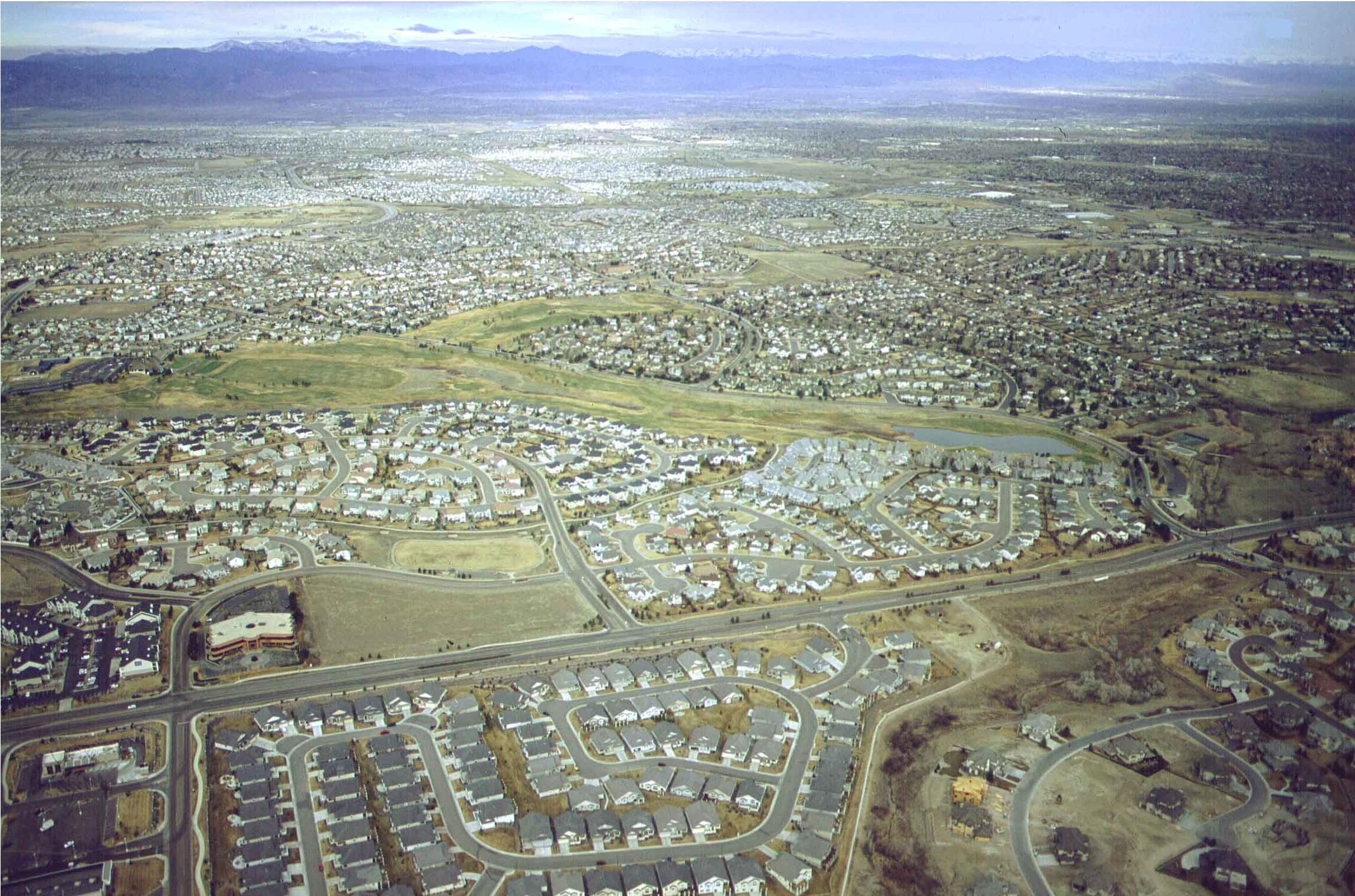 Urban sprawl vs. compact cities: whats the smart solution