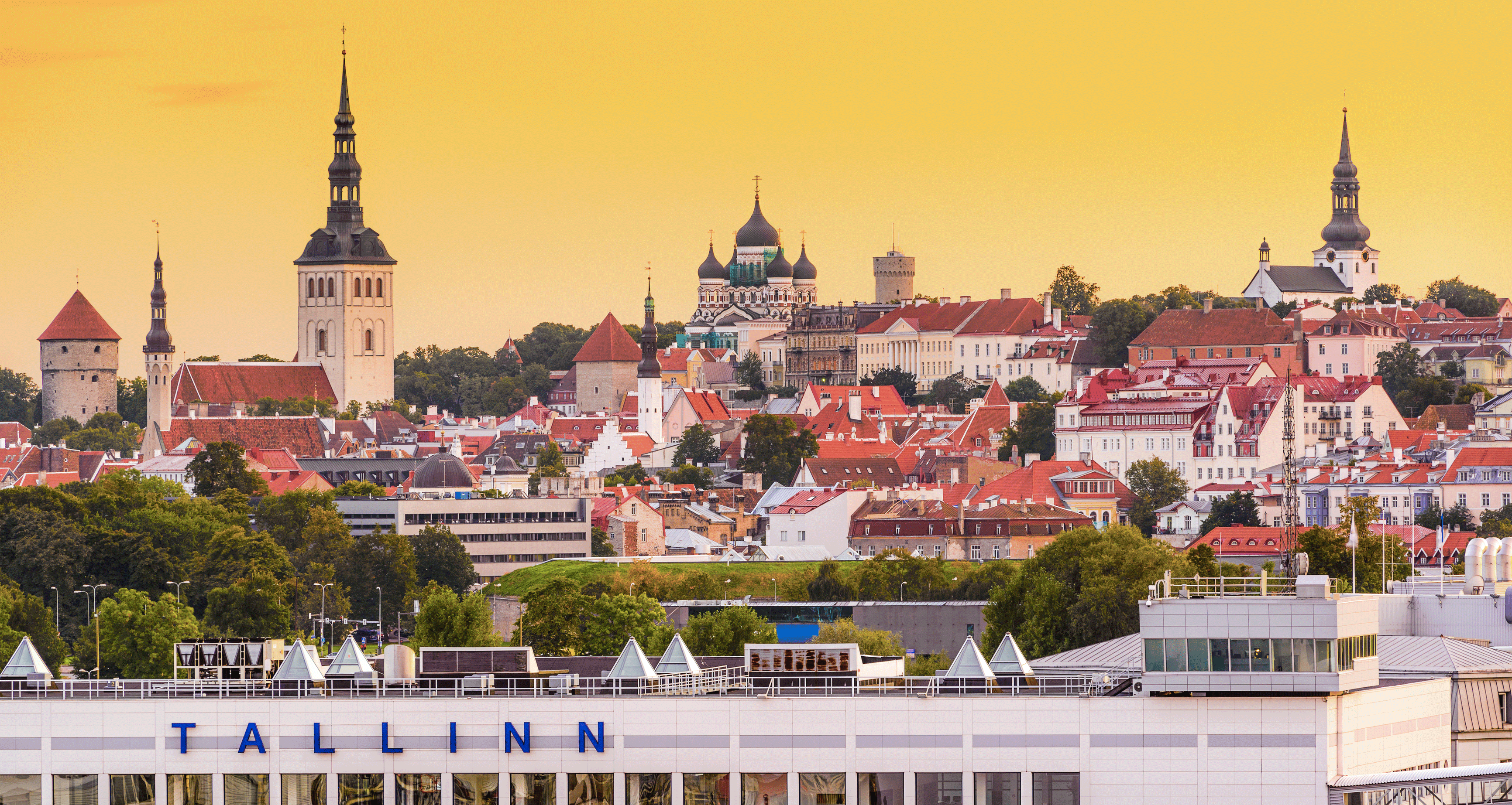 Tallinn: a journey through the old pavements of the European capital